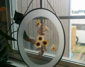 Oval real pressed flower frame