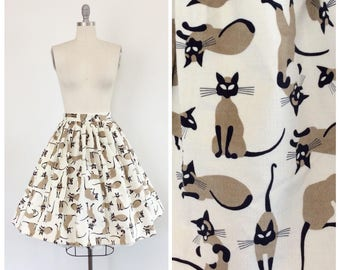 50s Cat Full Skirt / 1950s Vintage Novelty Print Siamese Kitten Skirt