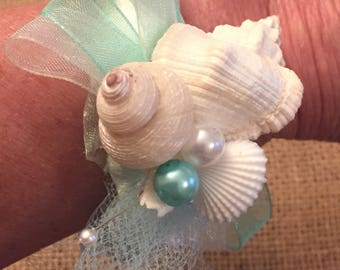 Xo bouquets seashell corsage beach wedding
