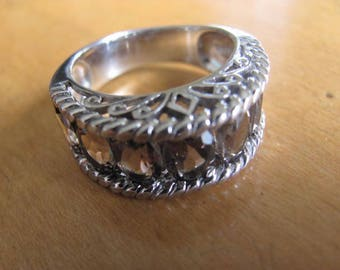 Vintage Ring, Sterling Silver Ring, Made in Thailand, Seven inset Grey Crystals, Size Nine Ring, Statement Ring, Collectible Jewelry