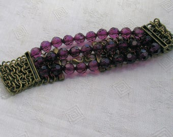 Retro Purple Acrylic Beaded & Metal Stretch Choker Necklace TLC