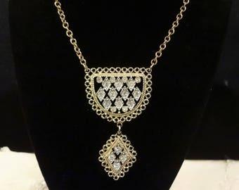 Pretty Vintage Sarah Coventry Rhinestone Dangle Necklace