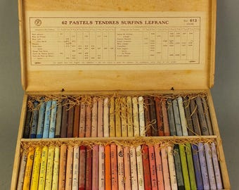 Lefranc pastel chalk in wooden box with 62 pieces No 613