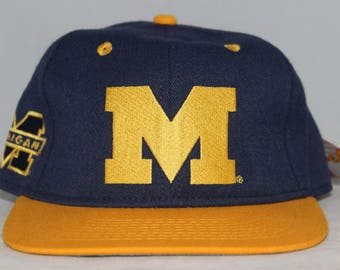 Vintage Deadstock Michigan Wolverines NCAA Fitted Hat 6 7/8