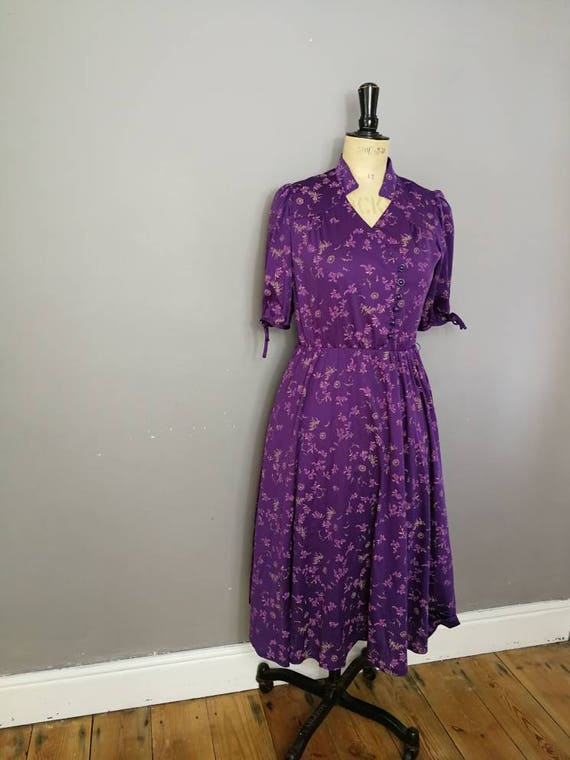Ultra violet vintage dress / boho purple dress / 40s style dress / purple tea dress / boho Ultra violet / 80s tea dress / midi dress / UK 10