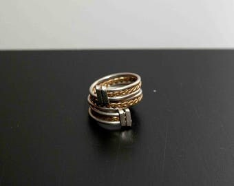 ring spiral with pigtail