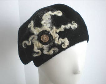 Traditional French Beret in Black and Cream with Needle Felted Design