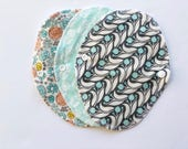 """Lucy and Mabs Cotton 7.5"""" Bamboo Wrap Style Reusable Pantyliner Set/ Organic Grey Abbey"""