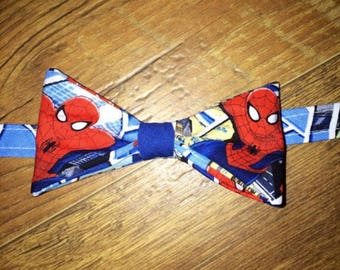With matching suspenders Spiderman boys bow tie/suspender set/ toddler tie/Great pictures Birthday Parties!/boy superhero outfit