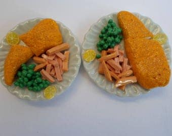 Barbie doll food fish and chips for dinner for two