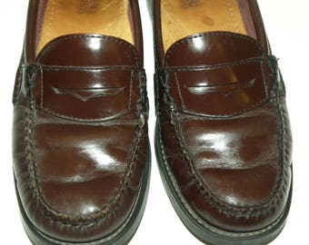 Vintage Bass Weejun Penny Loafers / Burgundy Oxblood / Leather / Classic wardrobe staple / women's size 7M