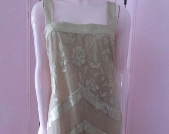 """1980s Beige Lace Gown by """"Damianou,"""" Size L"""