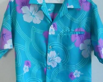 ON SALE! Men's Hawaiian Shirt Tropical Hilo Hattie Shirt Short Sleeve Vintage Shirt Size Small S