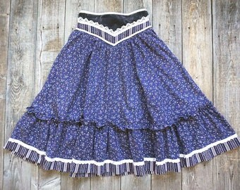 70s Gunne Sax Skirt - Jessica's Gunnies Prairie Skirt - Blue Calico Floral Print - Lace Velvet - Tag Size 9 - Womens Small Medium