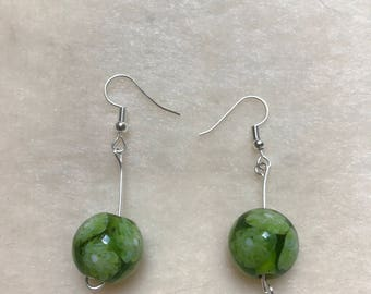 Green Flower Earrings, Green Floral Earrings, Flower Jewellery, Floral Jewellery, Green Jewellery, Botanic Earrings, Blooming Earrings