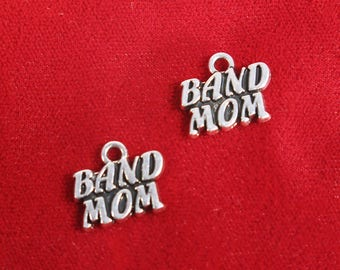 """BULK! 30pc """"Band mom"""" charms in silver style (BC1316B)"""