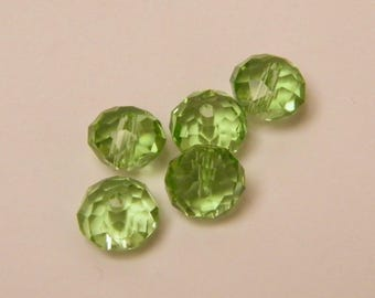 Glass beads, faceted, green, 8 mm by 5