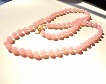"""10% OFF Trifari Necklace Pink Hand Knotted Vintage 25"""" Lucite Beads Perfect Condition SHIPPING SPECIAL 0625 12547"""