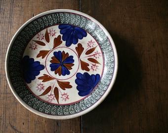 Petrus Regout Boerenbont Spongeware Plate Antique China Farmhouse Tableware Wall Display Food Styling Maastricht Holland Dutch Ceramic
