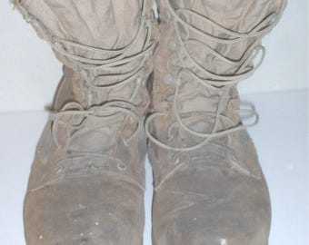 "US Military ""Desert Storm"" II boots size 10.5 Belleville w paint stains,  Operation Iraqi Freedom"