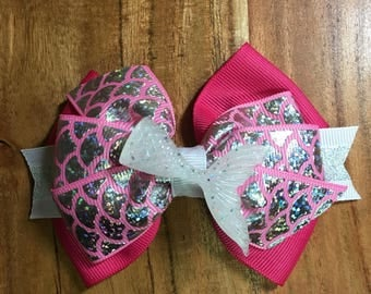Pink Mermaid Tale Bow