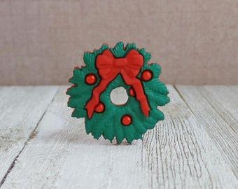 Christmas Wreath - Holidays - Santa - Red Bow - Evergreen Wreath - Winter - Lapel Pin