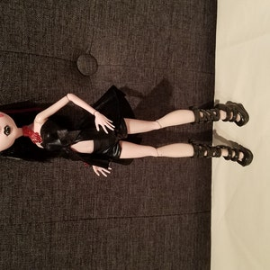Buyer photo ForTheLoveOfDolls, who reviewed this item with the Etsy app for Android.