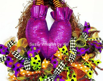 How to make a Sassy Witch Wreath Tutorial, how to make a wreath, Halloween Wreath, Witch Wreath, Halloween Wreath DIY