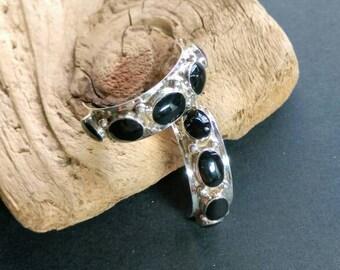Native American Indian Jewelry, Zuni Inlay Hoops,American Indian Jewelry,Zuni Jewelry,Zuni Inlaid Onyx Earrings
