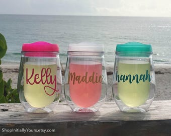 Bev2go Personalized Stemless Wine Tumbler, Wine To Go Acrylic Wine, Wine Tumbler with Name, Wine Cups, Personalized Wine Gift