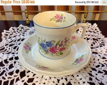 On Sale Kensington Staffordshire English Garden Cup and Saucer R3025
