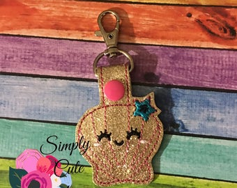 Kutie Sea Shell Snap tab | Glittery Vinyl | Purse Charms | Keychain | Summer Snap Tab