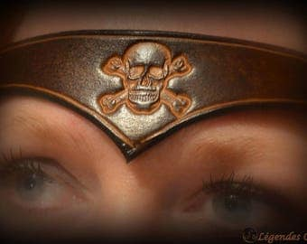 """""""The curse of the black pearl"""" leather tiara"""