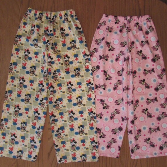 Disney pajamas,flannel Disney pajamas,Minnie Mouse pajamas,Mickey Mouse pajamas,flannel Minnie and Mickey pajamas,Disney family pajamas