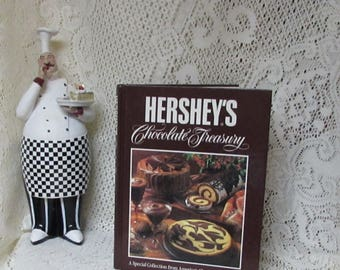 Hershey's Chocolate Cookbook ~ Delicious Dessert Recipes ~ Family Favorite Chocolate Recipes ~ 286 Pages ~ Hardcover ~ 1984