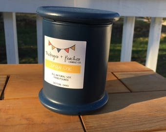 Junque Chic // 12oz Soy Candle // Wood Wick