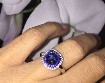 Cushion Cut Sapphire Wedding Ring 2.07ct Natural Sapphires & Diamond Halo Ring Birthstone Ring 18kt White Gold Pristine Custom Rings