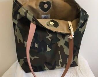 Camouflage bag - Tote bag - Resin bag - Military bag - Computer bag - Large bag - Anti-smudge bag - Gift bag.