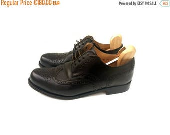SALE Vintage mens shoes / Mens leather shoes / mens full brogues/ Mens HANDMACHER CLASSIC  hand-nailed Full Brougue Shoes