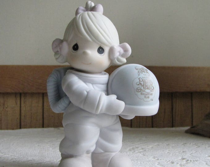 Precious Moments The Club That's Out of This World Astronaut Figurine Vessel 1991 Symbol Retired