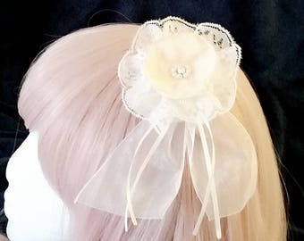 cream flower hairclip