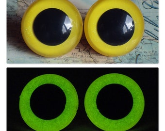 24mm Glow In The Dark Safety Eyes, Yellow Glitter Safety Eyes With Greenish Yellow Glow, 1 Pair Of Hand Painted Plastic Safety Eyes
