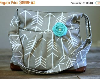 CHRISTMAS SALE Conceal and Carry Purse, Medium Messenger Bag, Grey Arrow, Conceal Carry Handbag, Concealed Carry Purse, Conceal and Carry