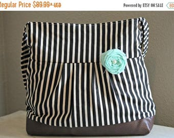 CHRISTMAS SALE Conceal Carry Purse, Medium Messenger Bag, Black Stripes, Conceal Carry Handbag, Concealed Carry Purse, Conceal and Carry