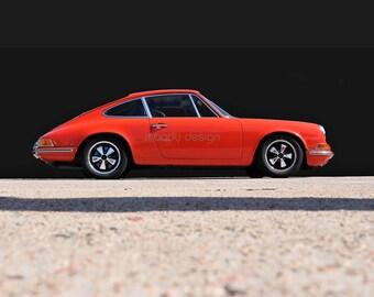 Porsche 911 in Orange