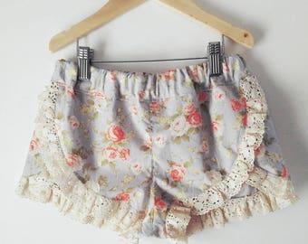 Girls floral frilled shorts