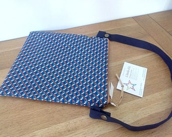 Waterproof pouch for pool printed vintage Navy occre