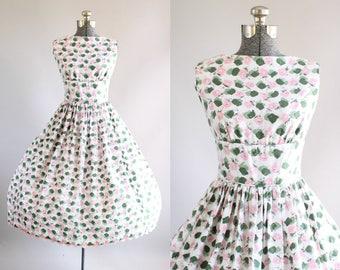 Vintage 1950s Dress / 50s Cotton Dress / Lanz Originals Pink and Green Floral Dress w/ Open Back S