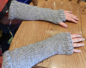 Outlander Inspired Claire Arm Warmers Grey MADE TO ORDER V5631