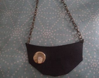 The black gold Choker necklace